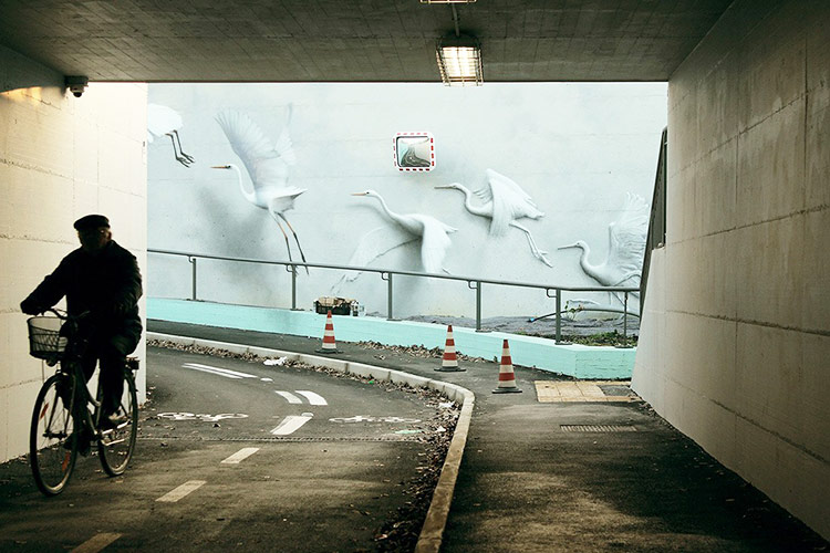 Street-Art-Riccione-Ammirare-Geniale-Opera-Eron