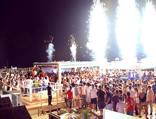 I migliori locali sul mare a Riccione: ballare, bere e divertirsi sulla sabbia